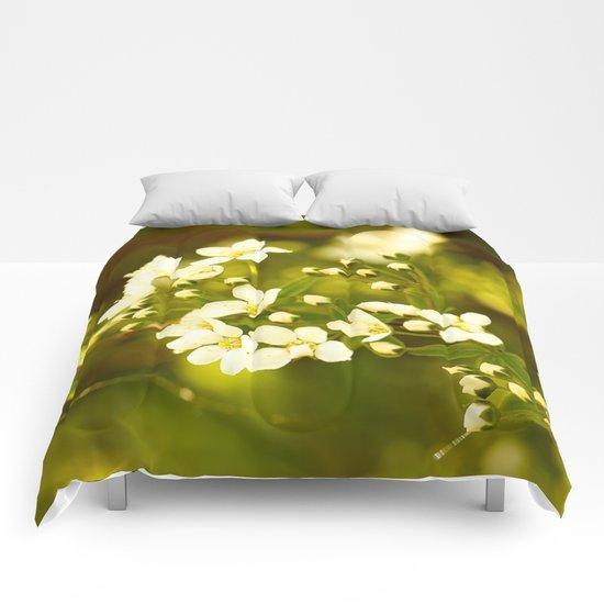 Tiny White Flowers Comforters