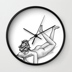 Reading Naked Wall Clock