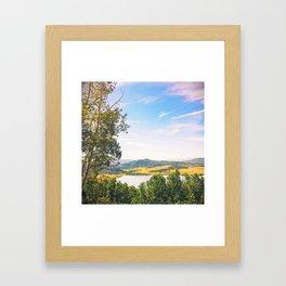sol oscuro Framed Art Print