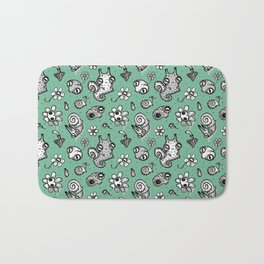 pattern with snail and scull Bath Mat