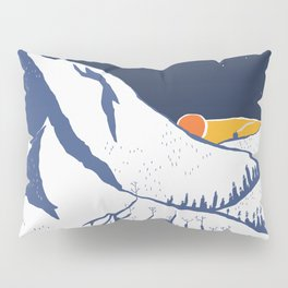 Mountain mysteries Pillow Sham
