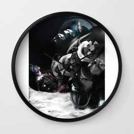 In the voiceless Night Wall Clock