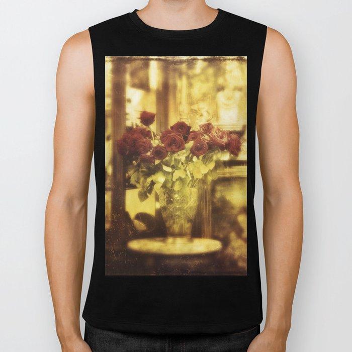 Red roses on the street Biker Tank