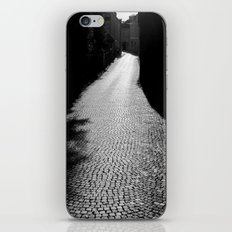 The alley by the wall iPhone & iPod Skin