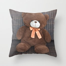 Bear with kind smile Throw Pillow