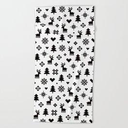 PIXEL PATTERN - WINTER FOREST Beach Towel