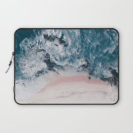 I love the sea - written on the beach Laptop Sleeve