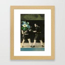 boxe et fleur Framed Art Print