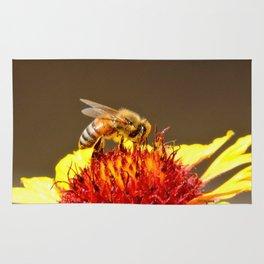Pollenator at Work Rug