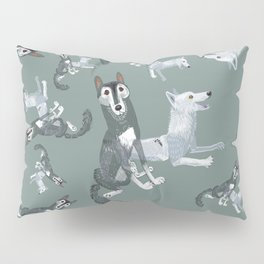Totem Canadian wolf 2 Pillow Sham
