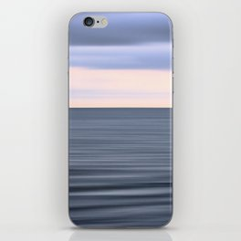 Pink floyds house iPhone Skin