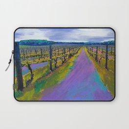 On The Michigan Wine Trail/Chateau De Leelanau Laptop Sleeve