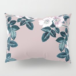 Wild Bee Blackberry Pillow Sham