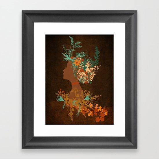 Mujer floral Framed Art Print
