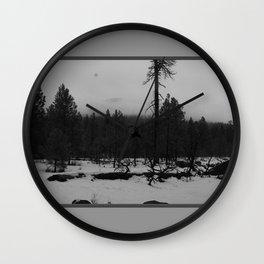 Niveous Wall Clock