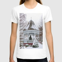 Courthouse Gazebo in the Snow T-shirt