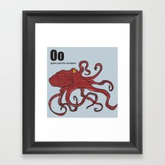 giant pacific octopus Framed Art Print
