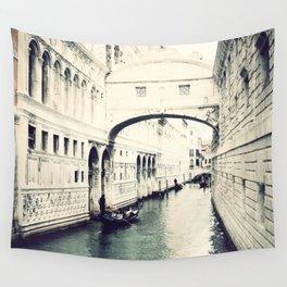 Ponte dei Sospiri, Venice Wall Tapestry