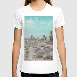Teal Desert Sky // Cactus Landscape Photography Sierra Nevada USA Cloud Dusted Sky T-shirt