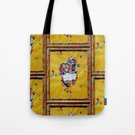Speak Beauty. Tote Bag
