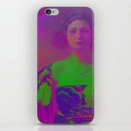 """""""La Trini"""" Version 02 (Covered 2018) iPhone Skin"""