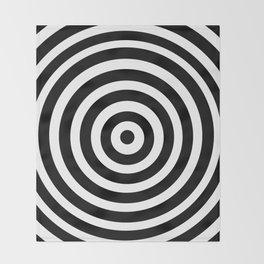 Circle Illusion Throw Blanket