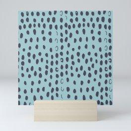 Sea Sparkle Dunkel Gepard Flecken Mini Art Print