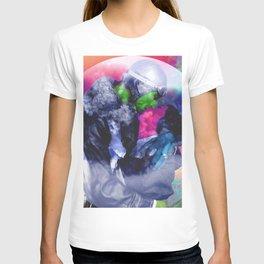 Clouds between us T-shirt