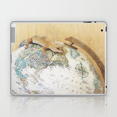 Globe-Trotting Gecko Laptop & iPad Skin