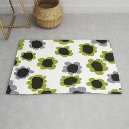 Daisies - Avocado and Slate Rug