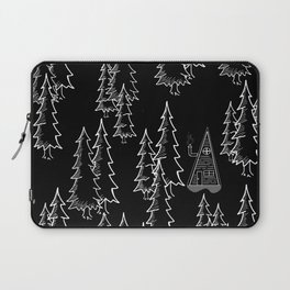 Lost in the wood, a lonely cabin (revers) Laptop Sleeve