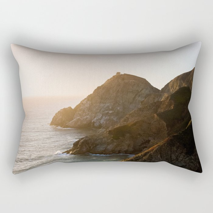 ocean falaise 7 Rectangular Pillow
