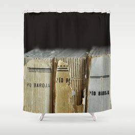 Libros de Pío Baroja Shower Curtain