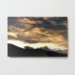 SUNSET THRU THE HEAVY RAIN CLOUDS Metal Print