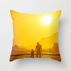 The first time he saw the ocean Throw Pillow