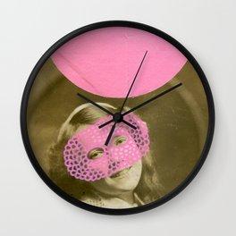 Uno, Nessuno E Centomila Mini Series 003 Wall Clock