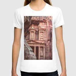 Petra   Al Khazneh (The Treasury) Incredible Historical Archeological City Southern Jordan T-shirt