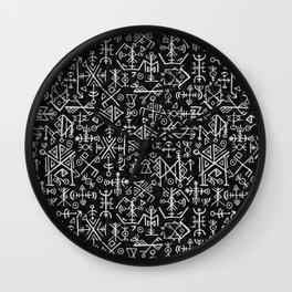 Viking Pattern   Warrior Valknut Norse Mythology Wall Clock