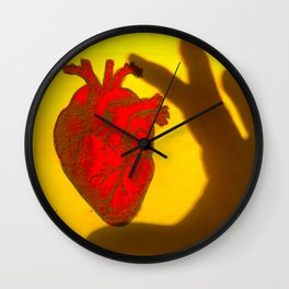 Corazón de Sombra Wall Clock