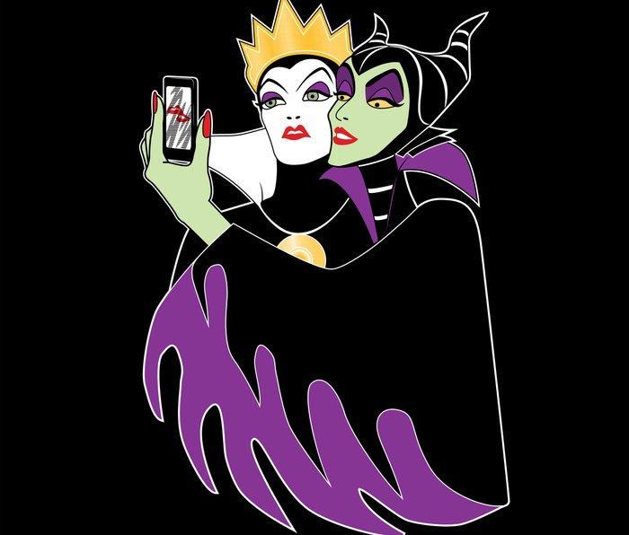 Grimhilde & Maleficent Selfie Metal Travel Mug