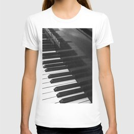 Old grand piano T-shirt
