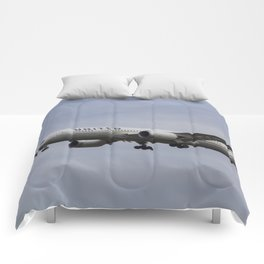 United Airlines Boeing 787 Comforters