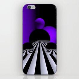 go violet -01- iPhone Skin