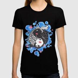 yin yang fish,symbol of harmony T-shirt