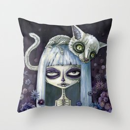 Felina de los muertos Throw Pillow