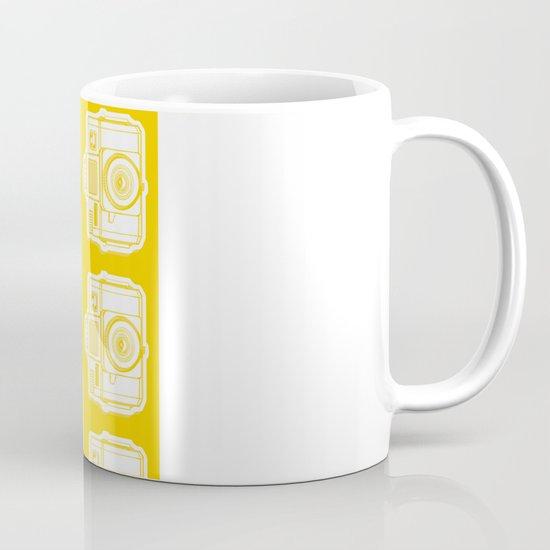 I Still Shoot Film Holga Logo - Reversed Yellow Mug