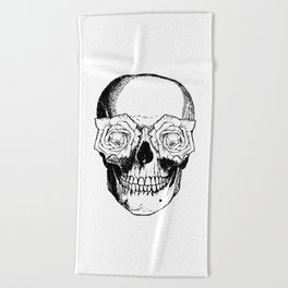 Skull and Roses | Black and White Beach Towel