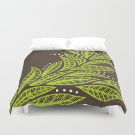 Floral tropical green leaves on brown background Duvet Cover