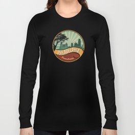 Philadelphia City Skyline Pennsylvania Retro Vintage Design Long Sleeve T-shirt