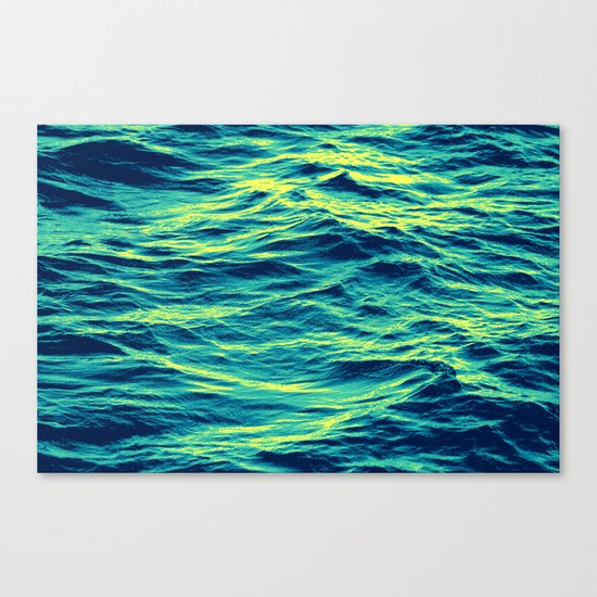 OVER THE OCEAN Canvas Print